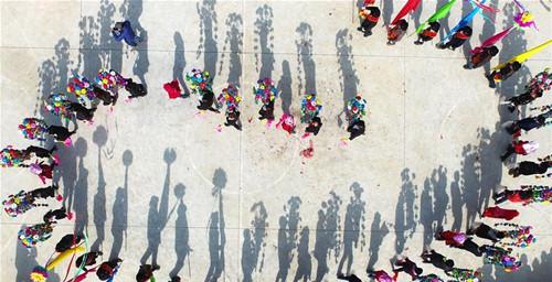 民间社火:流行于中国民间的传统庆典狂欢
