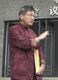 秦兆雄.JPG
